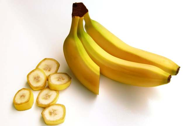 Reasons for you to eat a banana everyday