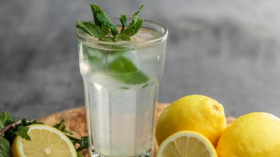 What Are The Health Benefits Of Drinking Lemon Water?